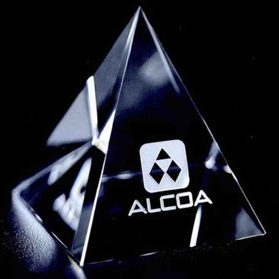 OCPRC460 - Medium Clear Pyramid Paperweight