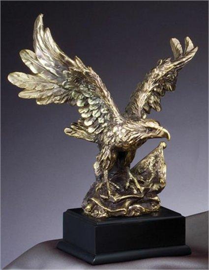 "OCDAE710 - 11"" Eagle Resin Trophy"