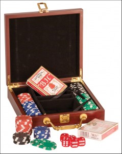 OCJPKR01- Rosewood Finish Poker Set